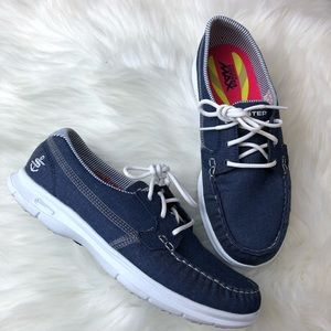 SKECHERS GO STEP - INDIGO Boat Shoes size 8